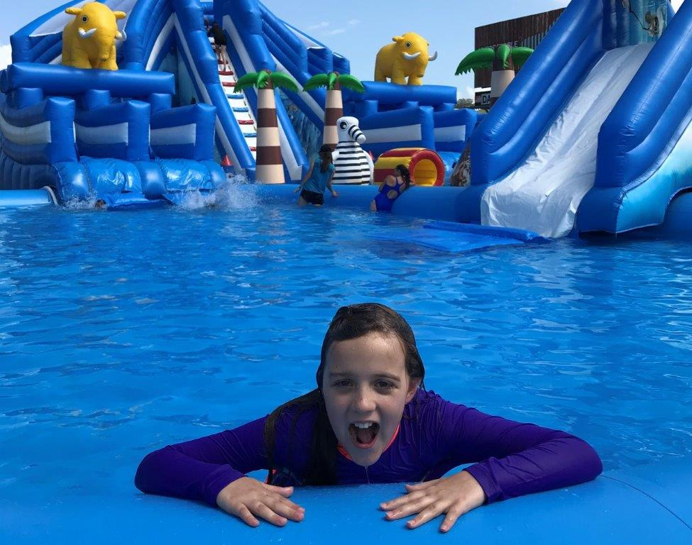 Wollogong inflatable water park
