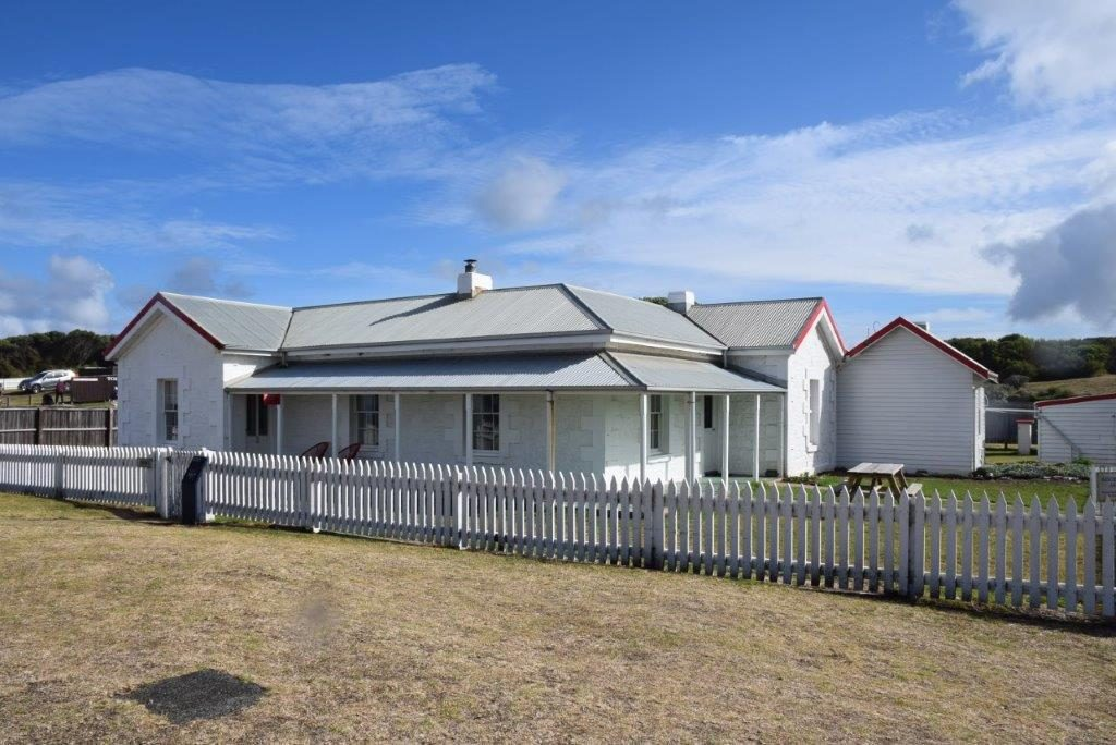 Cape Otway Lighthouse Keeper's Cottage has lighthouse and ocean views