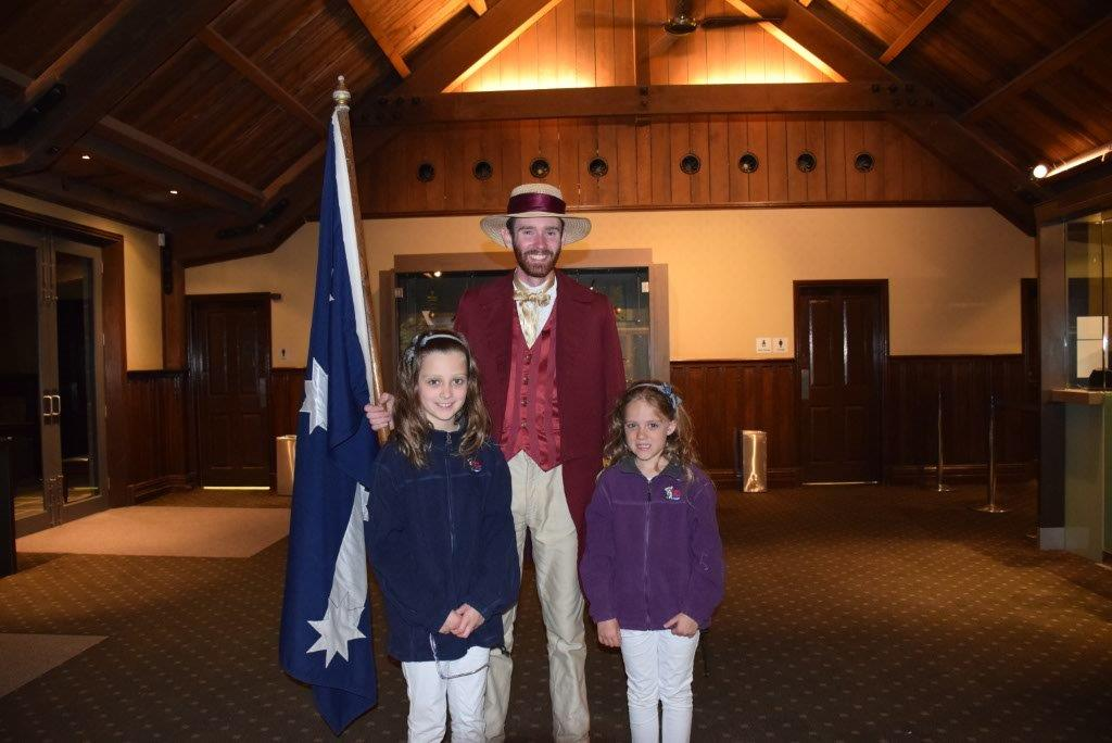 The girls were delighted to meet the character actor from the Sovereign Hill Sound-And-Light Show