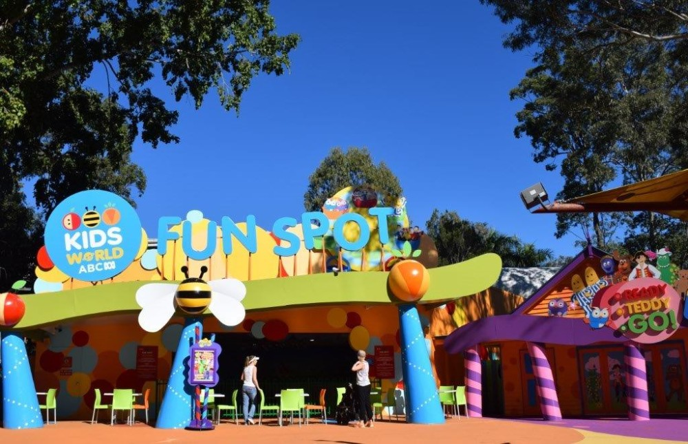 Gold Coast theme parks are close by