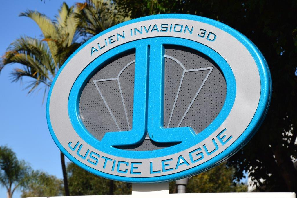 The 3D Justice League ride
