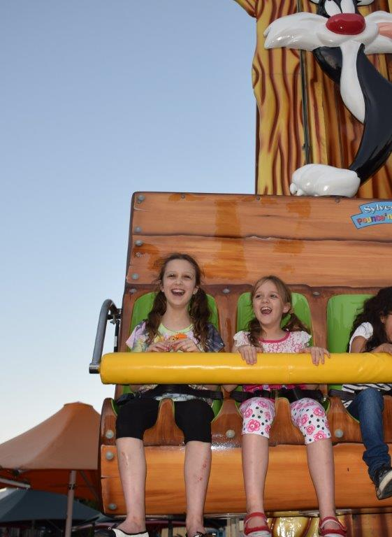 The The Sylvester's Pounce 'n Bounce is the best ride for parents to watch!