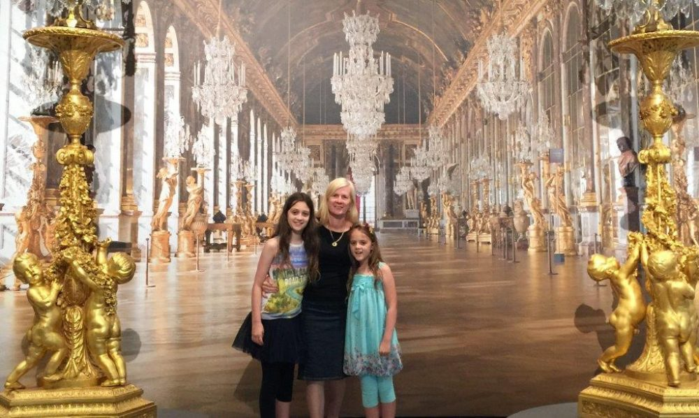 Here we are in the Versaille Hall of Mirrors.....well, maybe not really!