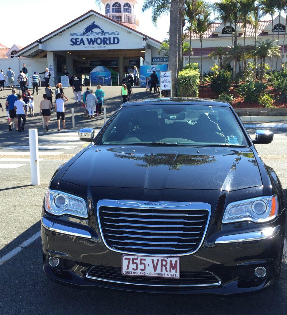 Chrysler 300c Coolangatta luxury hire car