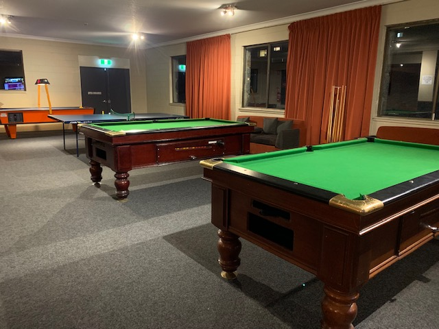 The Matterhorn Lodge games room
