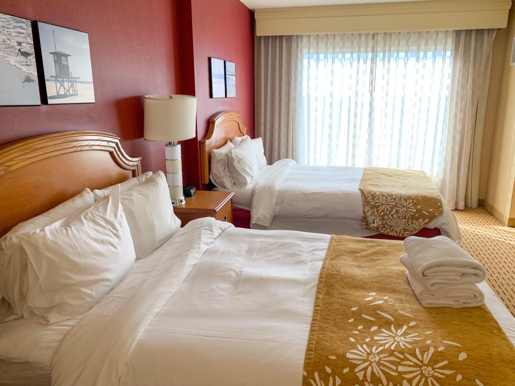 Anaheim Marriott hotel bedroom