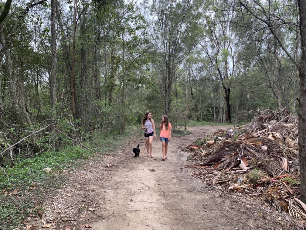 BIG4 Holiday Park riverside walk
