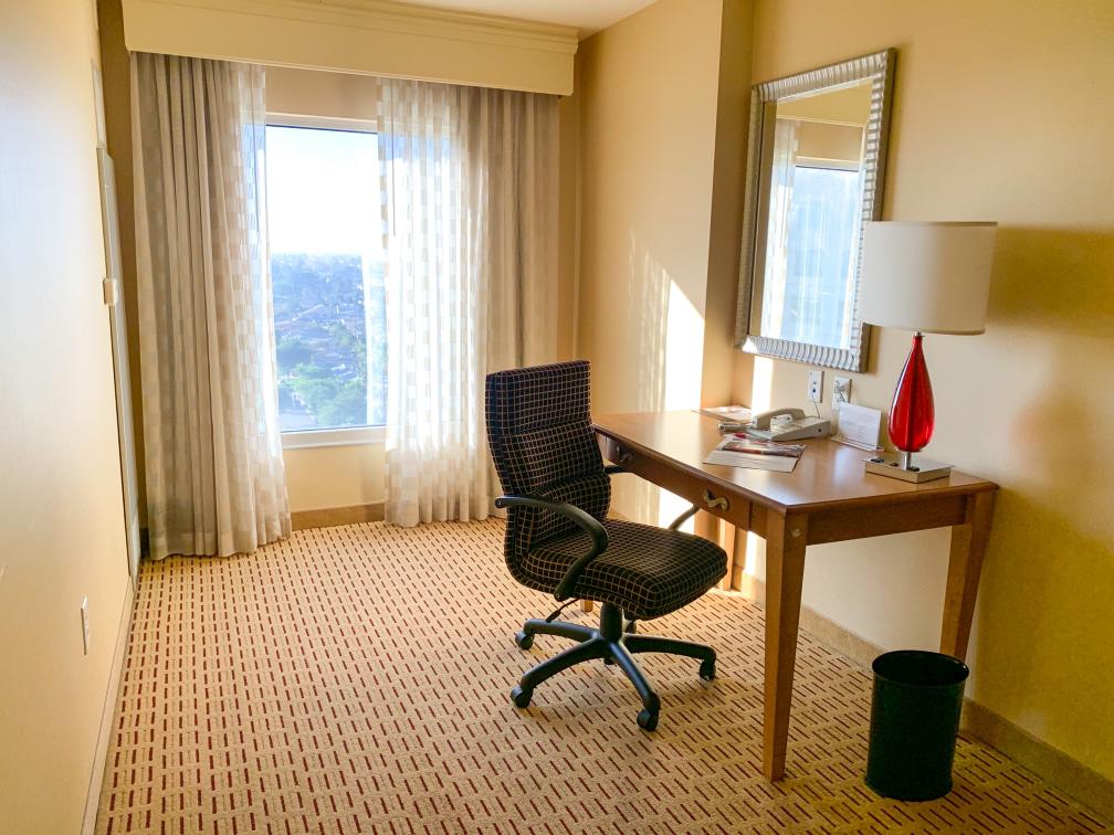 Anaheim Marriott hotel bedroom desk in room