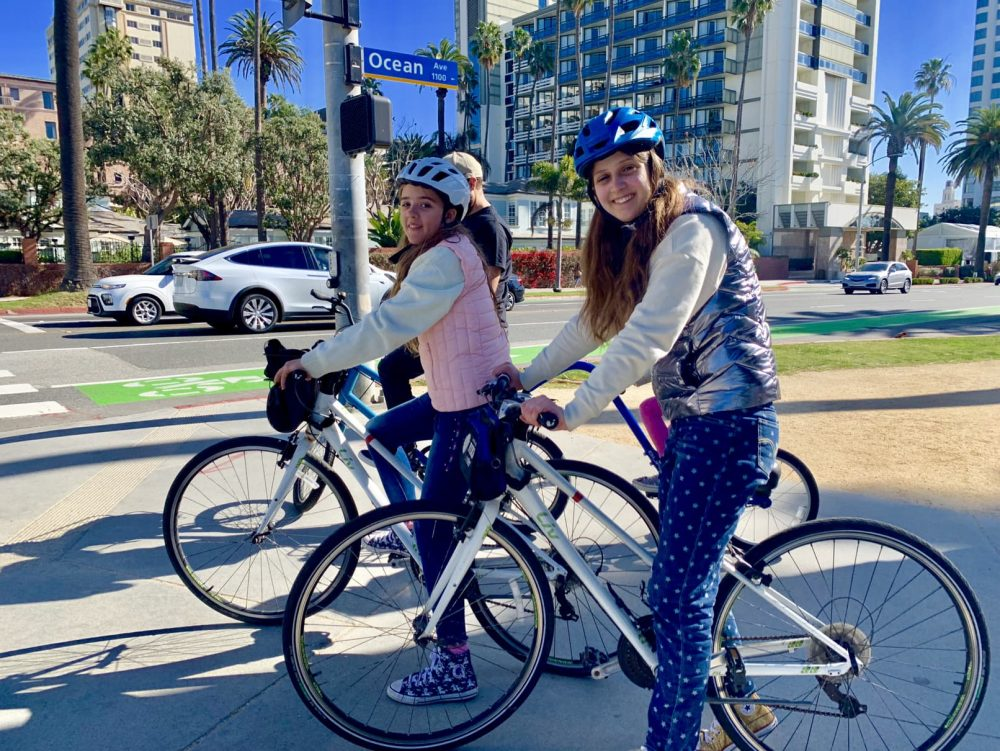 Santa Monica bike hire city tour
